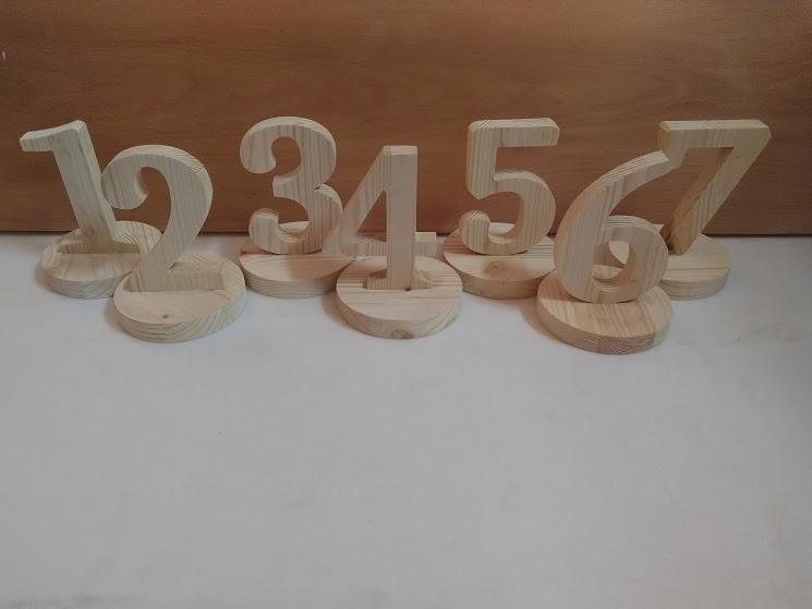 цифри за сватбена маса